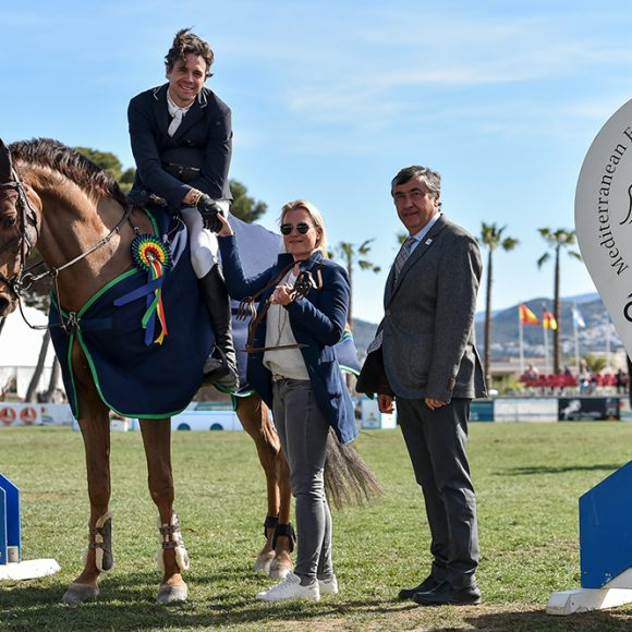 Triumph of Oliver Lazarus in the Grand Prix Oliva Nova Trophy