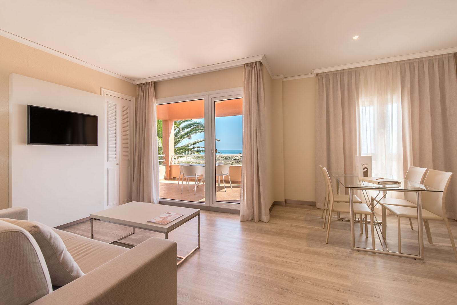 room-classic-suite-olivanova-03
