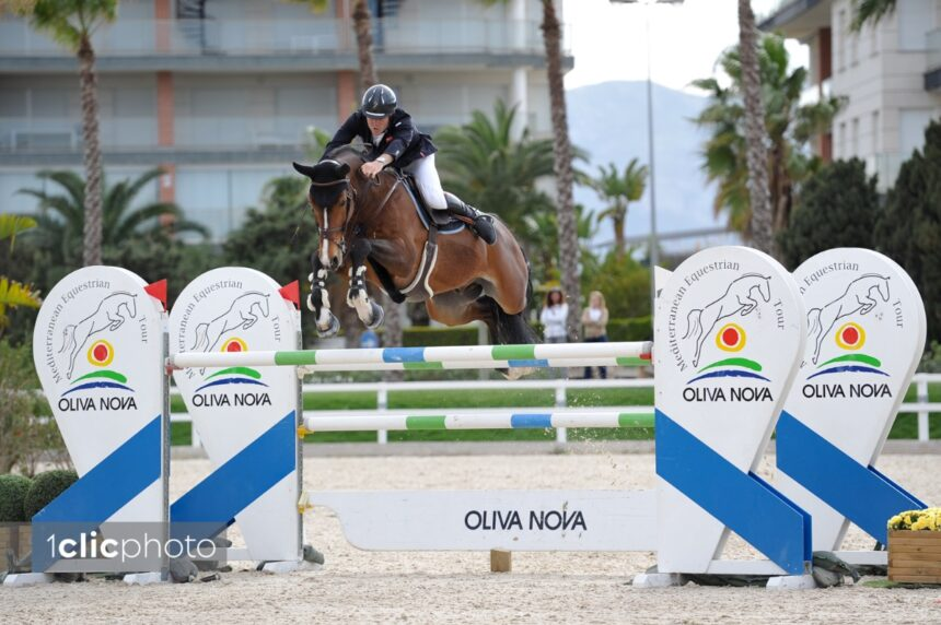 Constant Van Paesschen closes off Spring MET II with a win in the CSI3* Grand Prix presented by Oliva Nova Beach & Golf Resort