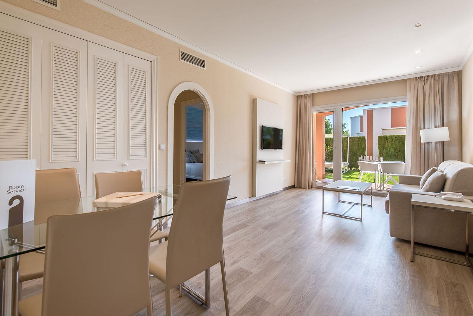 room-classic-suite-olivanova-12