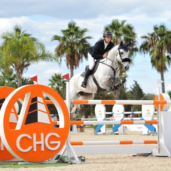 Richard Vogel flies to the win in the CSI2* Grand Prix presented by Oliva Nova Beach & Golf Resort at the Autumn MET