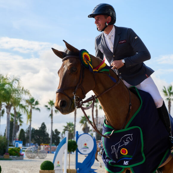 Epaillard's winning streak continues in the CSI2* 1.45m Grand Prix presented by Oliva Nova Beach & Golf Resort